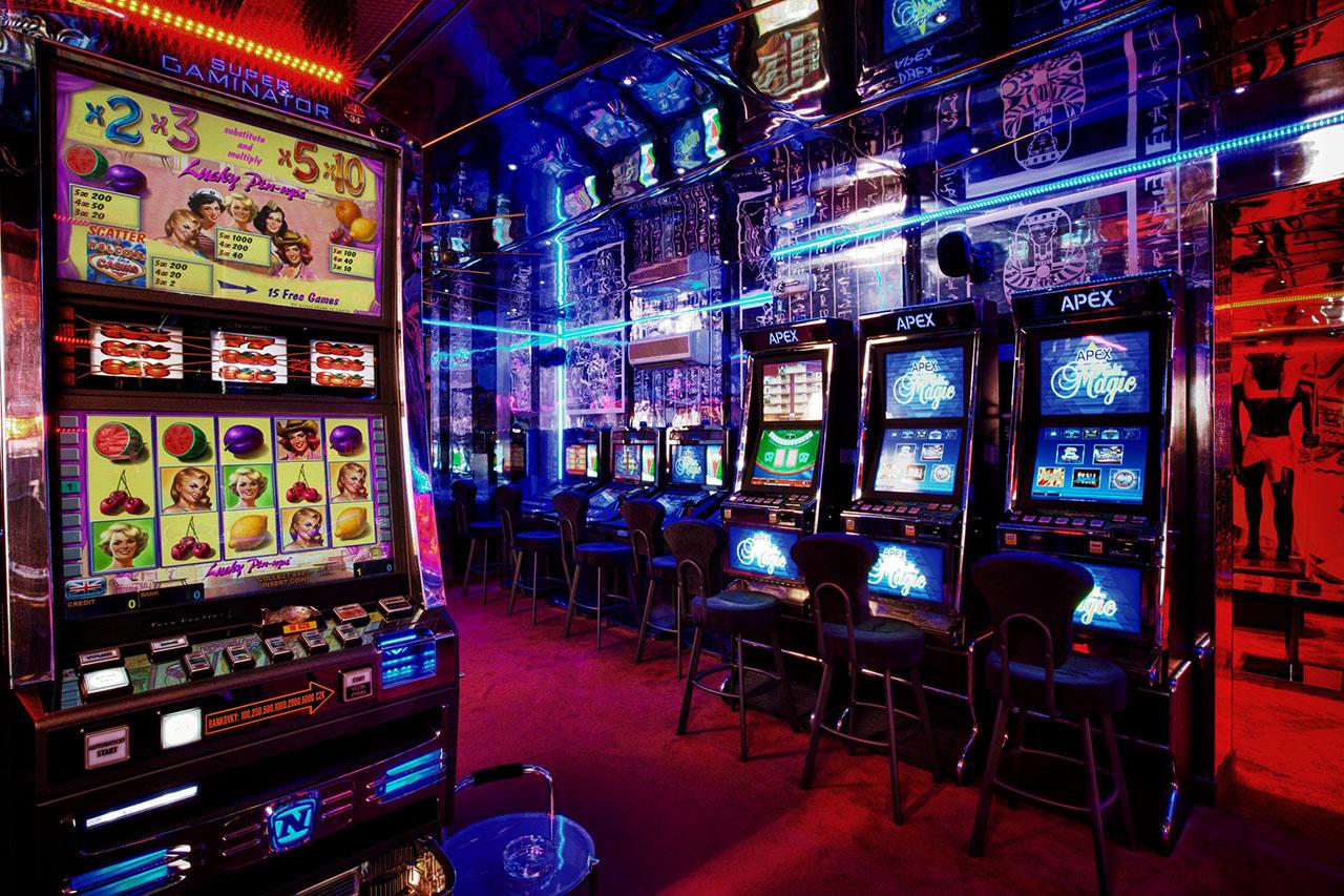 Play-Slots.jpg